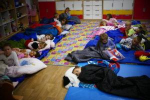 Noc w przedszkolu również u Biedronek