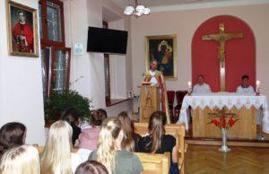Spotkanie modlitewne wychowanków internatu – nieszpory