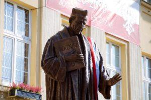 XVII Dni Kultury Chrześcijańskiej – odsłonięcie pomnika ks. Jana Długosza