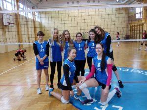 III miejsce naszej drużyny naIgrzyskach Młodzieży Szkolnej wPiłce Siatkowej Dziewcząt weWłocławku
