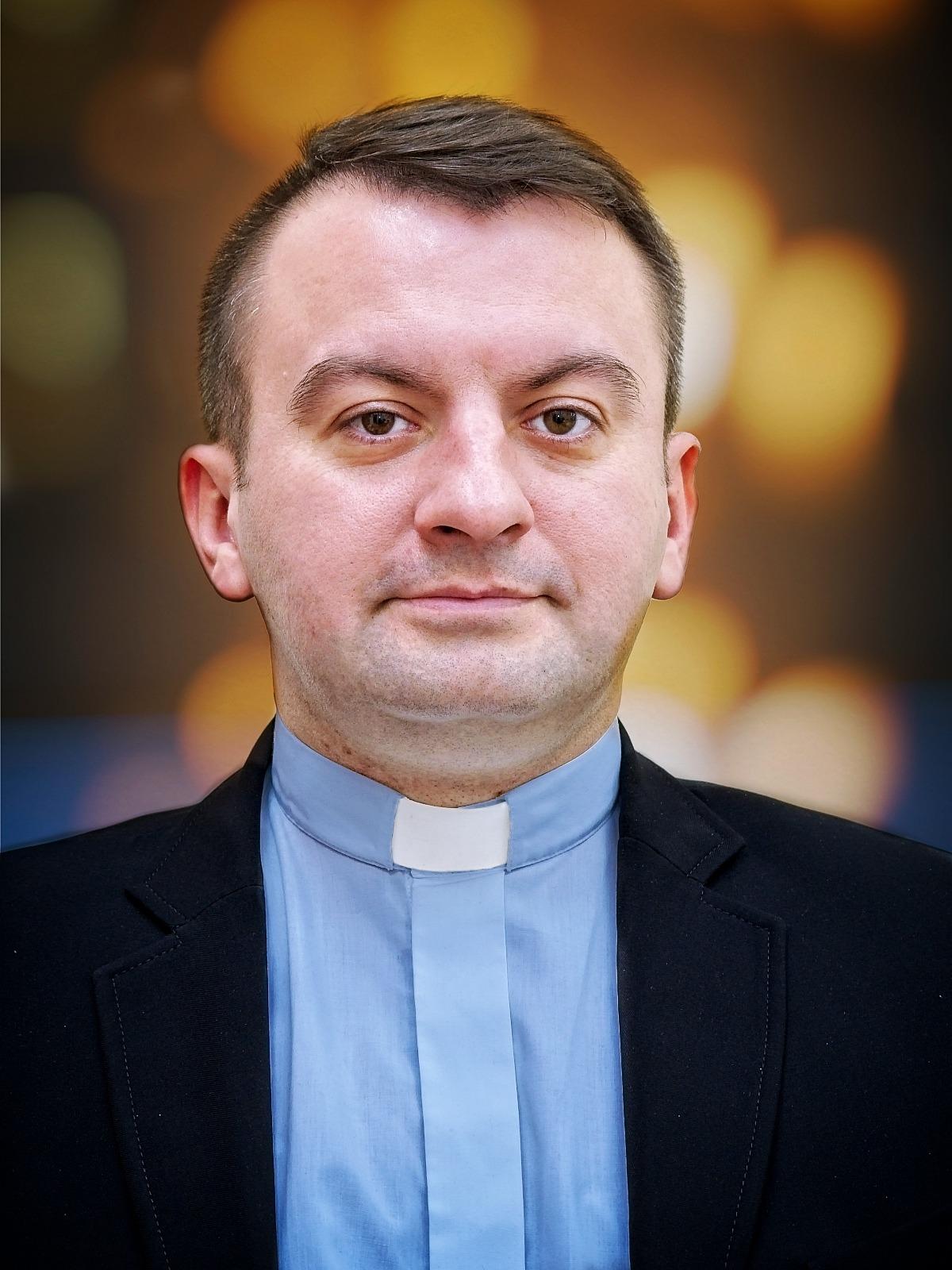 ks. mgr Sebastian Tomczak