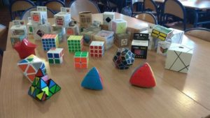 Długosz zakupił 76 kostek Rubika
