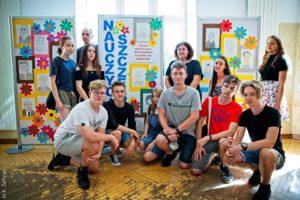 Nauczyciele Szczęścia – wystawa prac plastycznych absolwentów gimnazjum Długosza
