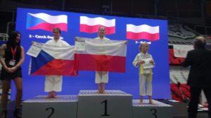 Międzynarodowe sukcesy długoszaków w karate