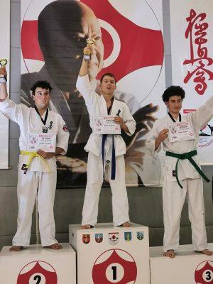Michał Kuźmicki z 2b LO Mistrzem Polski w karate KYOKUSHIN